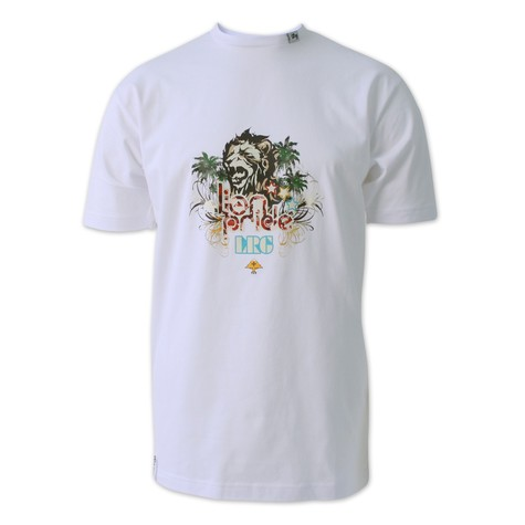 LRG - Lionhearted T-Shirt