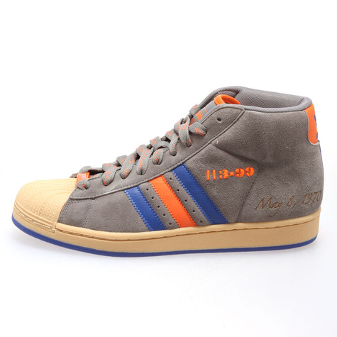 064a1aaf95 adidas - Pro model NBA 5 Great Moments Pack - New York Knicks
