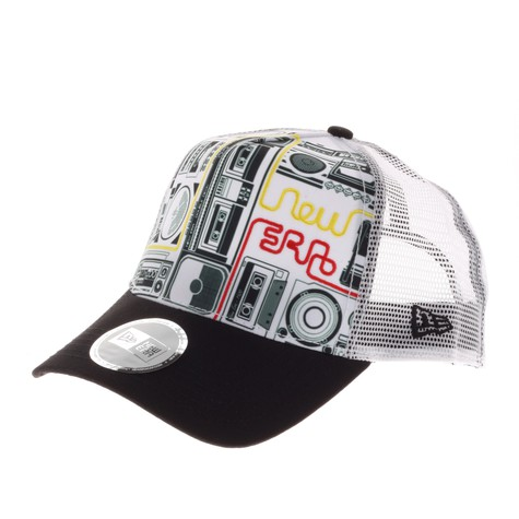 New Era - Woofer Trucker Hat