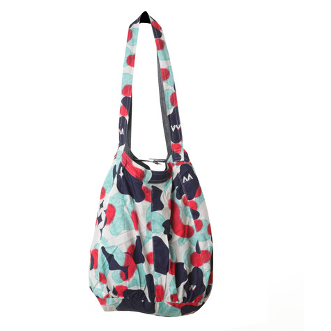 Cleptomanicx - Cate Modern TAALking Reversible Bag