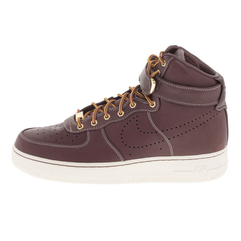 Nike. Air Force 1 High Premium LE Workboot (Team Red   Team Red Sail) b7d450d45