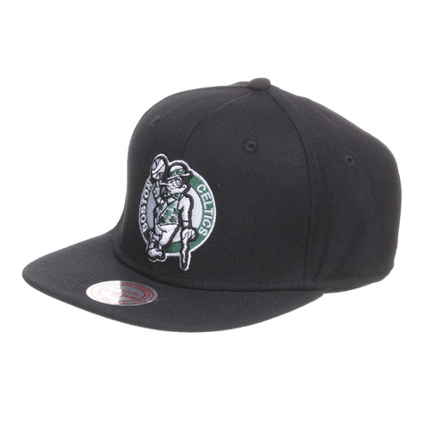 Mitchell & Ness - Boston Celtics NBA Basic Solid Team Snapback Cap