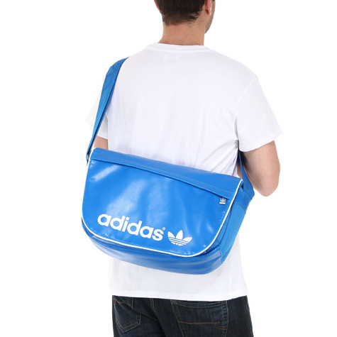 adidas - Adicolor Messenger Bag