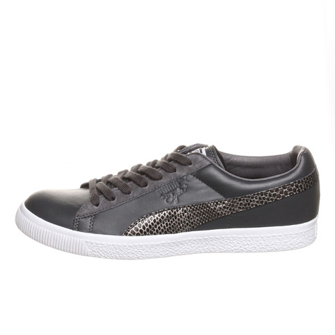 Puma x Undefeated - Clyde Snakeskin