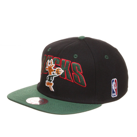 Mitchell & Ness - Milwaukee Bucks NBA Flashback Snapback Cap