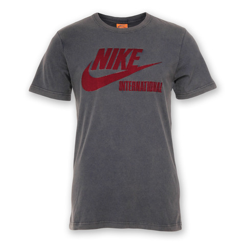 Nike - RU Intl Run The Earth T-Shirt