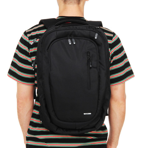 Incase - Nylon Premium Backpack