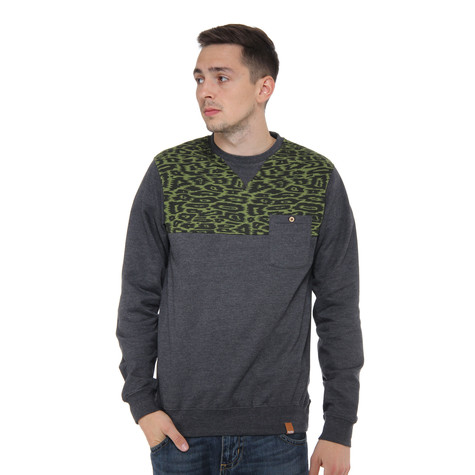 Iriedaily - BLN Zoo Pocket Crew Sweater