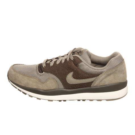 new styles 8ea83 11e42 Nike. Air Safari (Bamboo   Bamboo   Dark Dune)