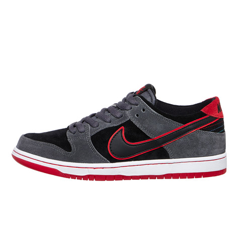 uk availability 40081 3632f Nike SB x Ishod Wair. Zoom Dunk Low Pro ...