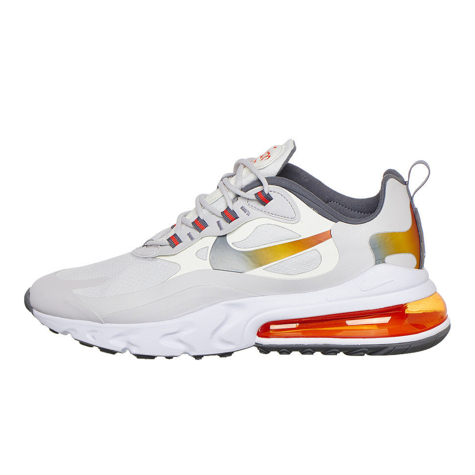 Nike Air Max 270 React SE US 8, EU 41, UK 7, 26cm